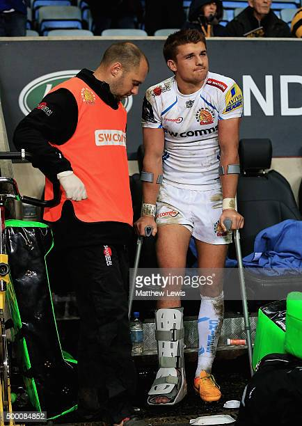Henry Slade of Exeter Chiefs looks on after injurying his leg during the Aviva Premiership match between Wasps and Exeter Chiefs at the Ricoh Arena...