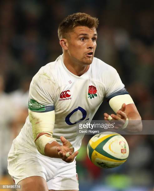 Henry Slade passes the ball during the second test match between South Africa and England at Toyota Stadium on June 16 2018 in Bloemfontein South...