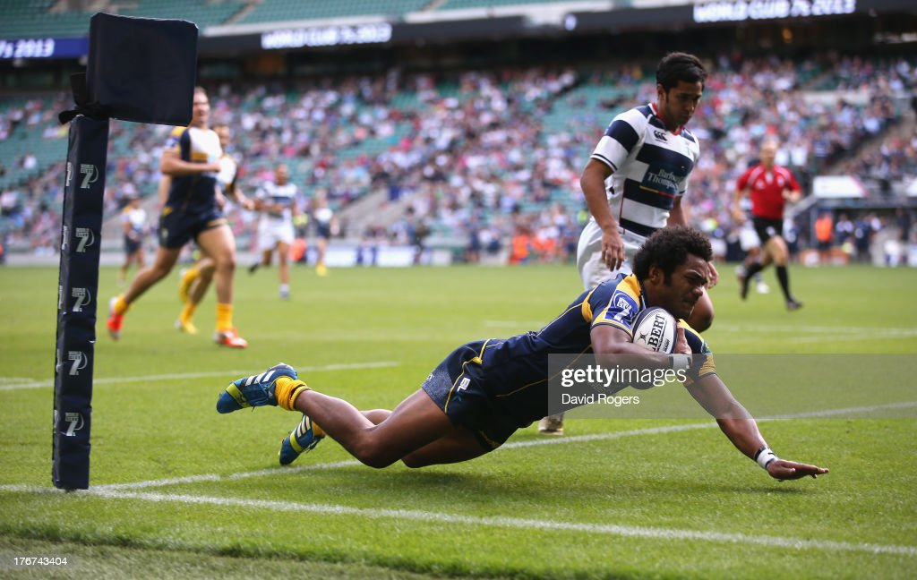 Henry Speight of the Brumbies dives over to score the match winning try against Auckland to win the World Club 7's Cup during the World Club 7's at Twickenham Stadium on August 18, 2013 in London, England.