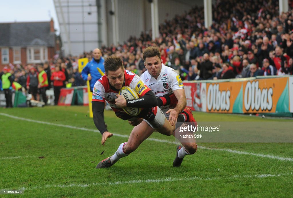 Henry Trinder of Gloucester Rugby scores their first try during the Aviva Premiership match between Gloucester Rugby and Leicester Tigers at Kingsholm Stadium on February 10, 2018 in Gloucester, England.