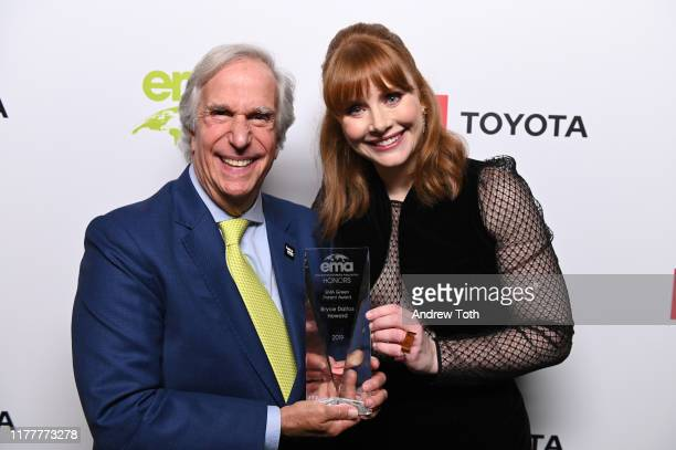 Henry Winkler and Bryce Dallas Howard pose with 'EMA Green Parent Award at the Environmental Media Association 2nd Annual Honors Benefit Gala at...