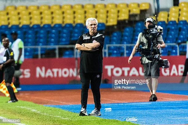 Henryk Kasperczak head coach of Tunisia during the African Nations Cup match between Zimbabwe and Tunisia on January 23 2017 in Libreville Gabon