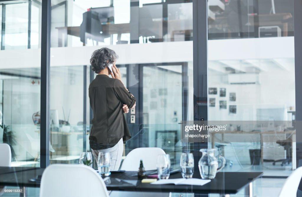 Ihre Kunden sind einen Anruf entfernt : Stock-Foto