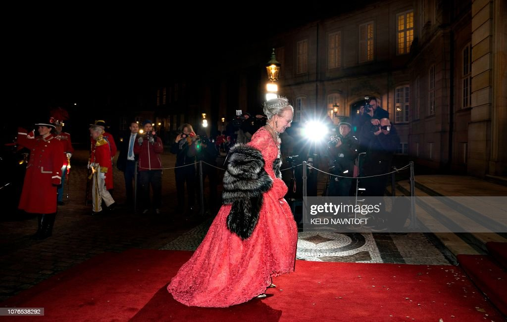 DENMARK-ROYALS-BANQUET : News Photo