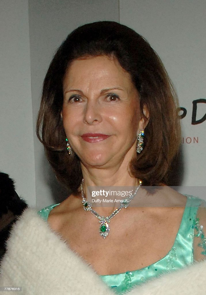 Her Majesty Queen Silvia of Sweden attends the World Childhood Foundation USA Gala at 583 Park Avenue on November 12, 2007 in New York City.