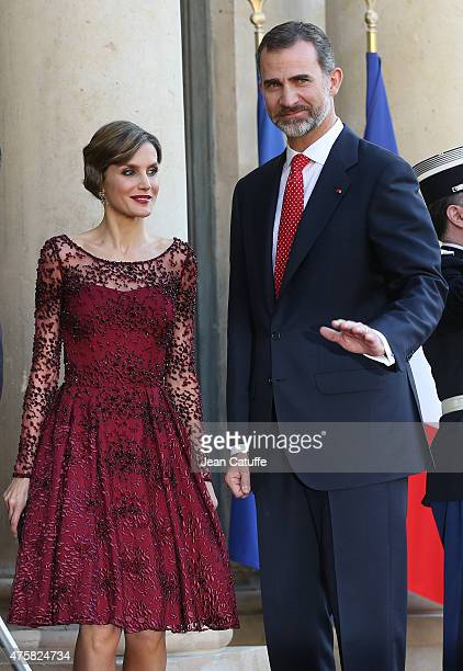 Her Majesty The Queen Letizia of Spain and His Majesty The King Felipe VI of Spain arrive at the State Dinner in their honor at the Elysee Palace on...