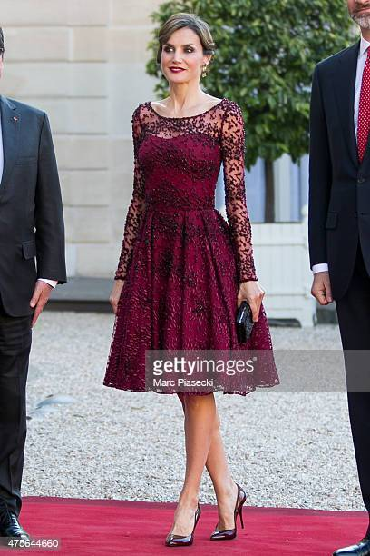 Her Majesty The Queen Letizia of Spain arrives at the State Dinner offered by French President François Hollande at the Elysee Palace on June 2 2015...