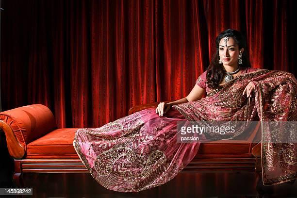 her royal highness - sari fotografías e imágenes de stock
