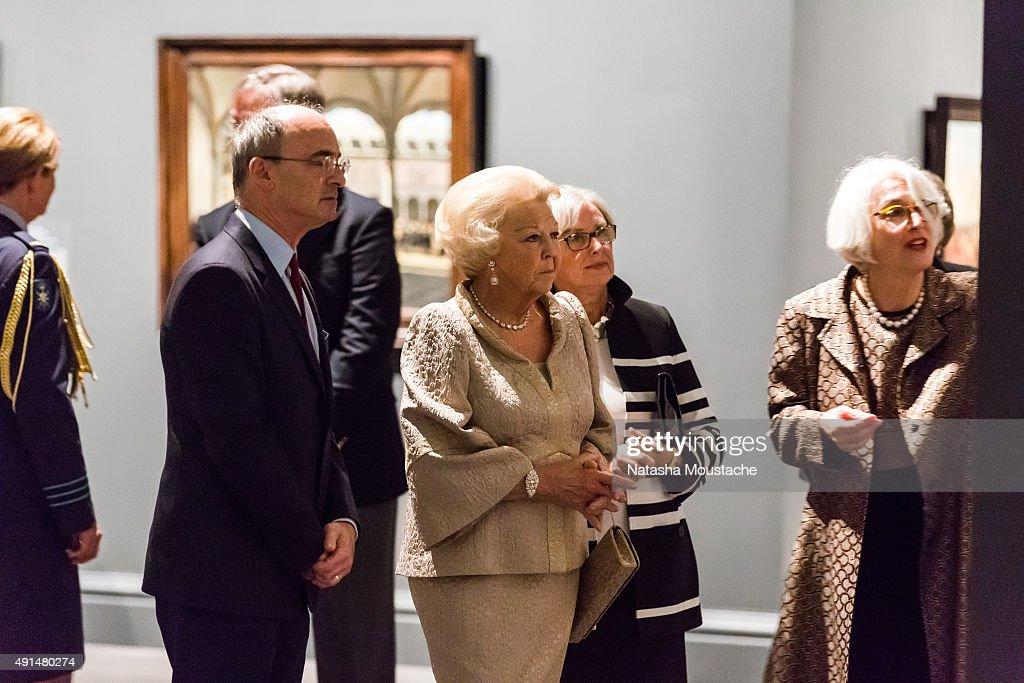 Her Royal Highness Princess Beatrix Of the Netherlands Visits Museum Of Fine Arts Boston : ニュース写真