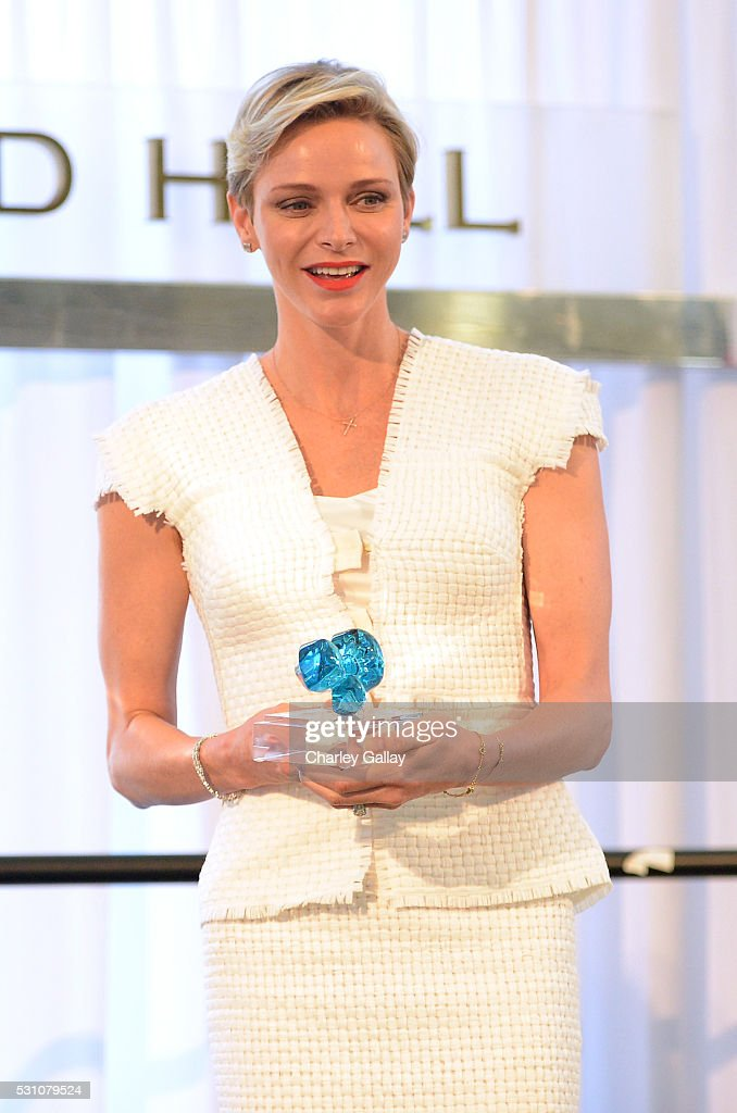 Her Serene Highness Princess Charlene of Monaco accepts a special award for humanitarian work presented by the Blue Ribbon of the Los Angeles Music Center to honor Princess Charlene of Monaco at Grand Hall at the Dorothy Chandler Pavililon on May 12, 2016 in Los Angeles, California.