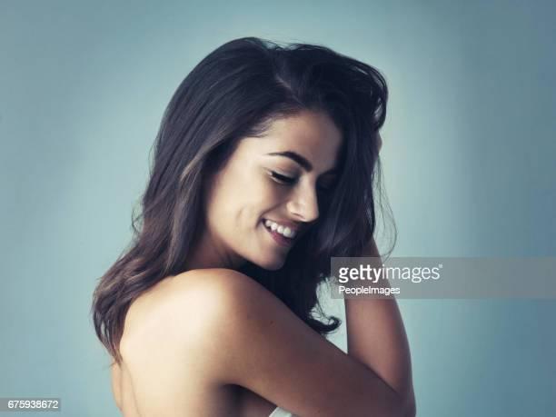 Ihr Lächeln kann den dunkelsten Raum Licht.