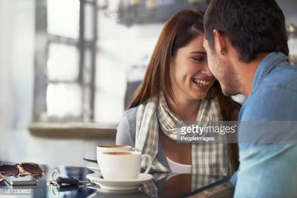 Su sonrisa es permanente con él cuando la paciente es