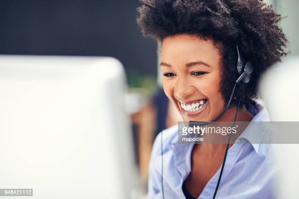 her voice puts customers at ease - call center stock pictures, royalty-free photos & images