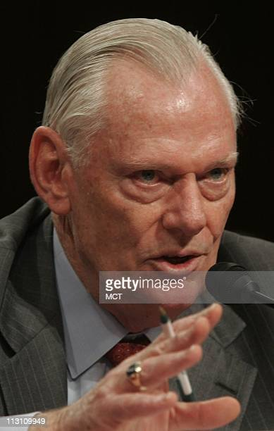 Herb Kelleher Chairman of Southwest Airlines testifies November 10 at a US Senate hearing on the Wright Amendment which restricts flights out of Love...