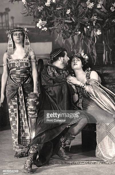 Herbert Beerbohm Tree Constance Collier and Alice Crawford English actors 1907 Tree Collier and Crawford are playing the roles of 'Mark Antony'...