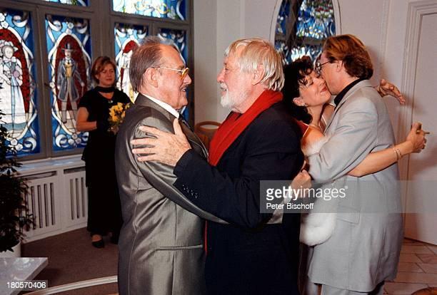 Herbert Köfer Dietmar Schönherr EhefrauHeike Knochee Wolfgang Lippert Hochzeit Berlin Deutschland Europa KöpenickRathaus Standesamt Trauung...