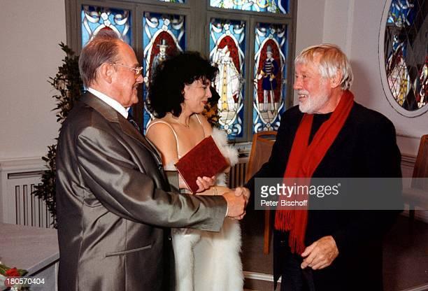 Herbert Köfer Ehefrau Heike KnocheeDietmar Schönherr HochzeitBerlin Deutschland Europa Köpenick Rathaus StandesamtTrauung Braut Bräutigam...
