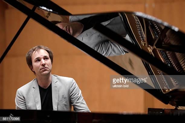 Herbert Schuch gastiert mit Werken von Leoö Janácek und Franz Schubert Philharmonie Köln