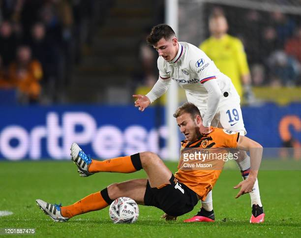 Herbie Kane of Hull City battles Mason Mount of Chelsea during the FA Cup Fourth Round match between Hull City FC and Chelsea FC at KCOM Stadium on...