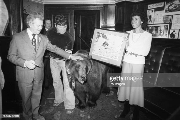 Hercules the Bear becomes the first honorary member of the Cartoonist's club With Hercules are the Club's Chairman Ian Scott his owner Andy Robinson...