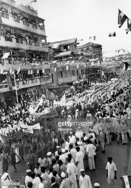 Here is a scene made at the height of the celebration in Bombay on August 15th of Indian independence More than $00000 persons participated in this...