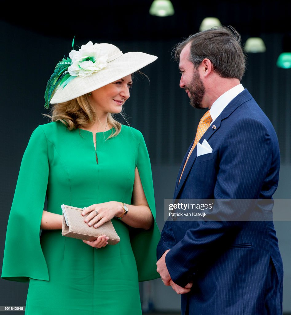 Hereditary Grand Duke Guillaume and Hereditary Grand Duchess Stephanie at the airport of Luxembourg on May 23, 2018 in Luxembourg, Luxembourg. The Dutch King and Queen are in Luxembourg for an three day state visit