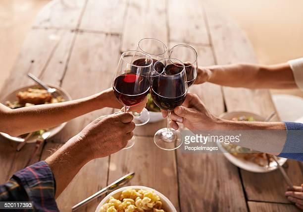 Um brinde à boa vezes com pessoas fantásticas!