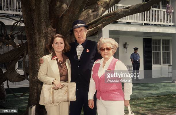 Herman Keiser stands in front of the Clubhouse with two patrons during the 1978 Masters Tournament at Augusta National Golf Club in April 1978 in...