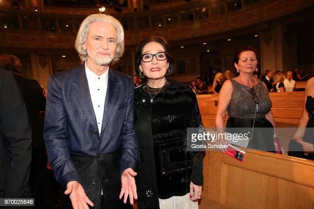 Hermann Buehlbecker CEO Lambertz and Nana Mouskouri during the European Culture Awards TAURUS 2018 at Dresden Frauenkirche on June 8 2018 in Dresden...