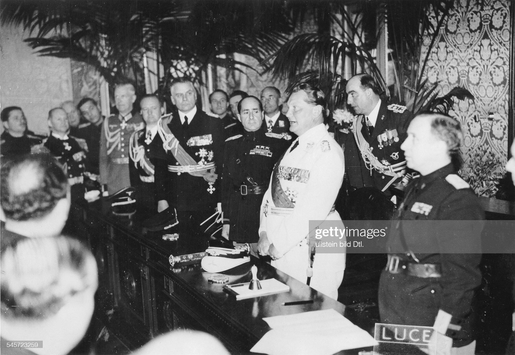 Besuch von H. Göring in Italien - H. Göring bei einer Rede im Palazzo Littorio : Nachrichtenfoto