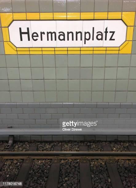 hermannsplatz u-bahn sign - underground sign stock pictures, royalty-free photos & images