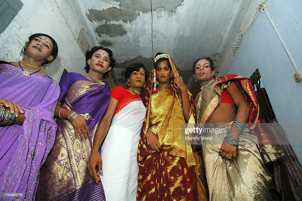 A hermaphrodite wedding : News Photo