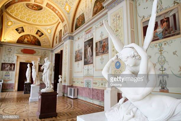 Hermitage Museum, Kiss of Cupid and Psyche, statue by Antonio Canova.
