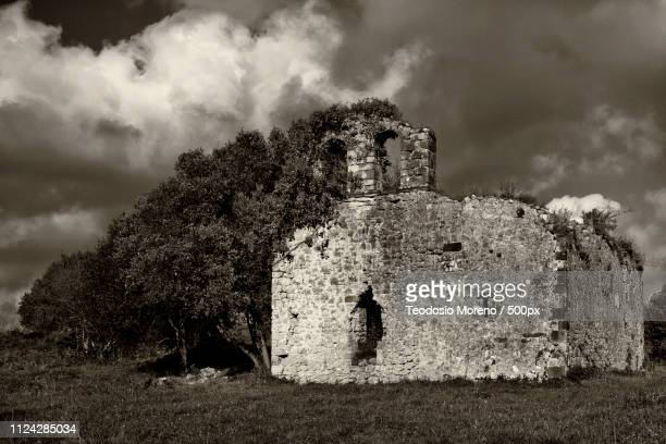 hermitage of san julian - teodosio moreno fotografías e imágenes de stock