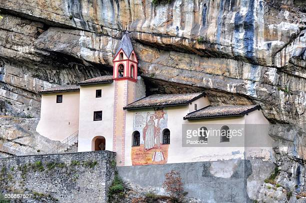 hermitage of st. columban,  rovereto - book of kells stock-fotos und bilder
