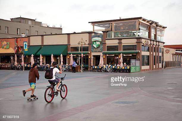 hermosa beach pier plaza - hermosa beach stock pictures, royalty-free photos & images