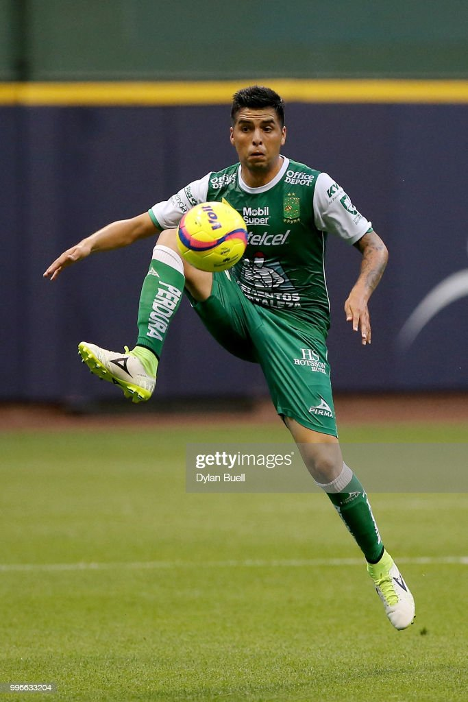 Hernan Burbano #7 of Club Leon dribbles the ball in the first half against CF Pachuca at Miller Park on July 11, 2018 in Milwaukee, Wisconsin.