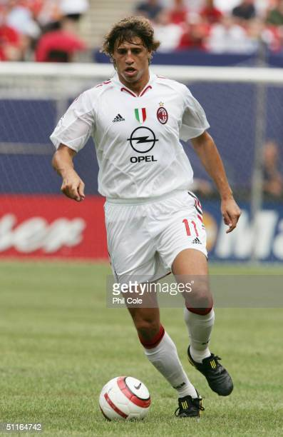 Hernan Crespo of AC Milan in action during the Champions World Series match between Manchester United and AC Milan at The Giants Stadium in East...