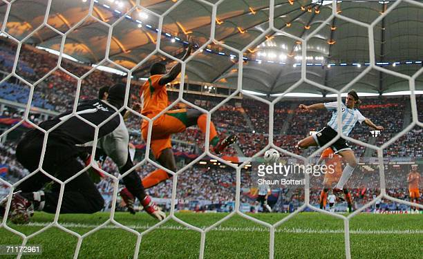 Hernan Crespo of Argentina scores his team's first goal during the FIFA World Cup Germany 2006 Group C match between Argentina and Ivory Coast played...
