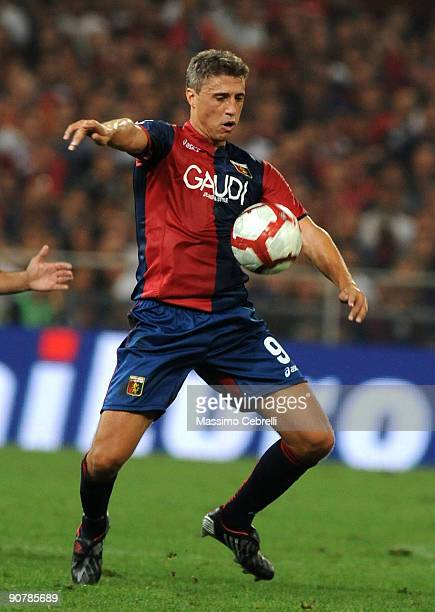 Hernan Crespo of Genoa CFC in action during the Serie A match between Genoa CFC and SSC Napoli at Stadio Luigi Ferraris on September 13 2009 in Genoa...
