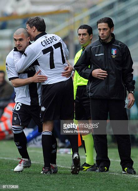 Hernan Crespo of Parma FC is replaced by Emilov Valeri Bojinov of UC Sampdoria during the Serie A match between Parma FC and UC Sampdoria at Stadio...