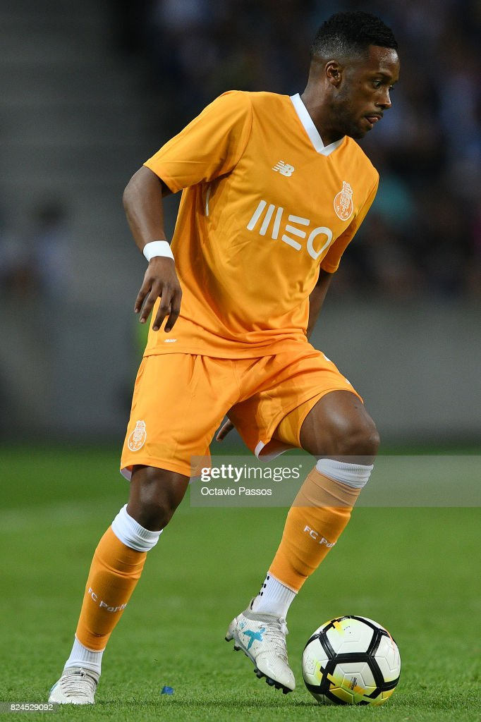 Hernani of FC Porto in action during the Pre-Season Friendly match between FC Porto and RC Deportivo La Coruna at Estadio do Dragao on July 30, 2017 in Porto, Portugal.