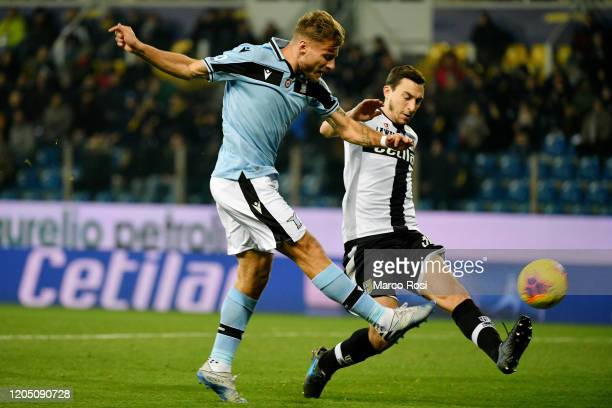 Hernani of Parma Calcio compete for the ball with Ciro Immobile of SS Lazio during the Serie A match between Parma Calcio and SS Lazio at Stadio...