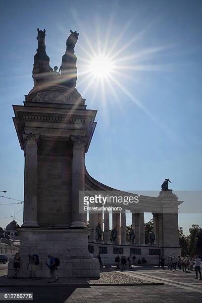 heroes square - emreturanphoto stock pictures, royalty-free photos & images