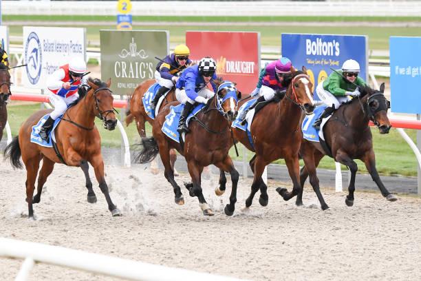 AUS: Ballarat races