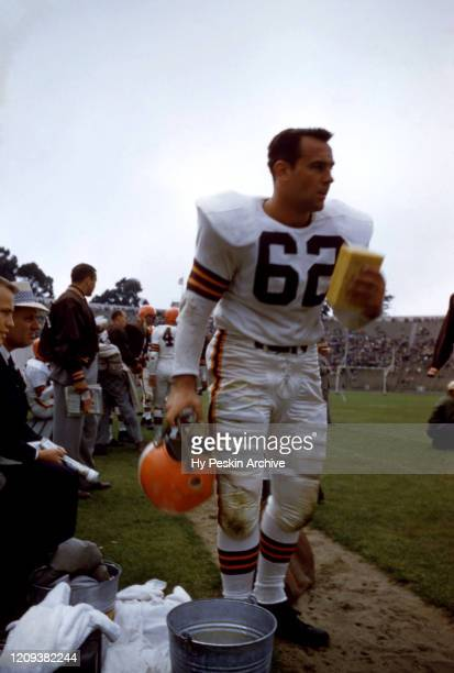 Herschel Forester of the Cleveland Browns holds a sponge on the sideline during an NFL game against the San Francisco 49ers on August 19, 1956 at...