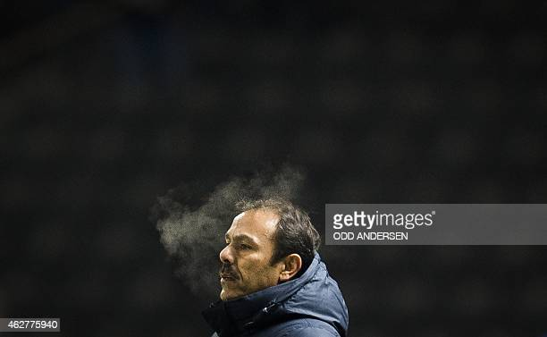 Hertha Berlin's Dutch head coach Jos Luhukay is seen during the German first division Bundesliga football match Berlin vs Leverkusen at the Olympic...