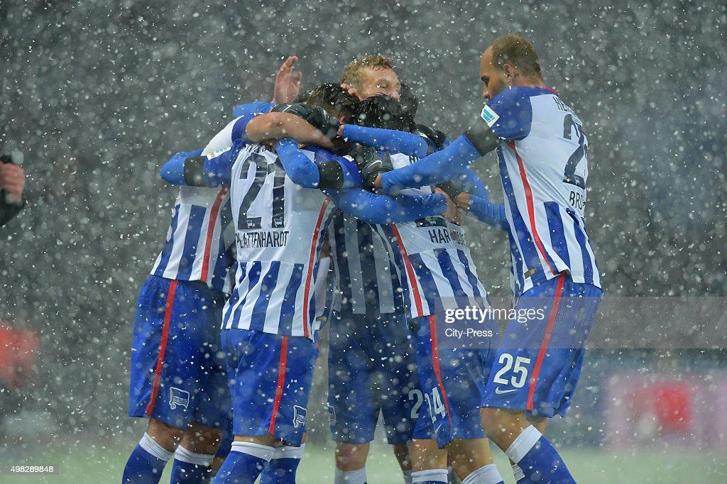 Hertha Team celebrates after scoring the 1:0 during the Bundesliga match between Hertha BSC and TSG Hoffenheim on November 22, 2015 in Berlin, Germany.