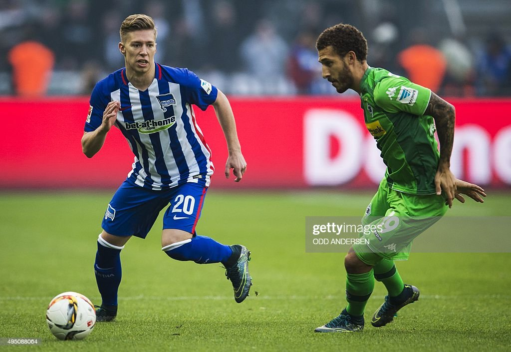 FBL-GER-BUNDESLIGA-BERLIN-MOENCHENGLADBACH : News Photo