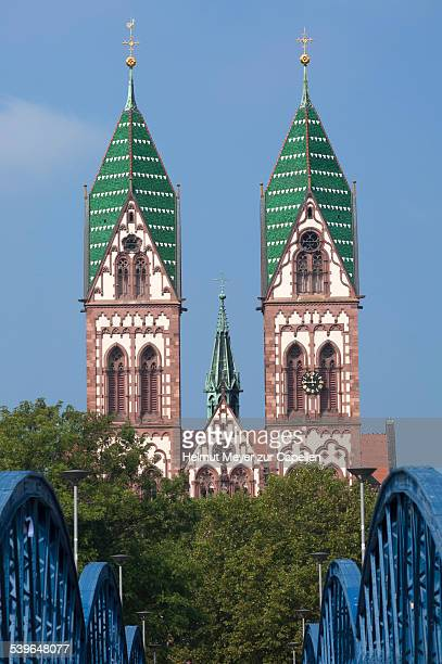 herz jesu-kirche, or sacred heart church, built in the style of historicism, consecrated in 1897, freiburg, baden-wurttemberg, germany - kirche fotografías e imágenes de stock